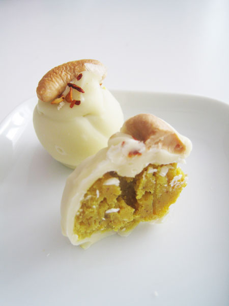 Curry & Coconut in White Chocolate with Cashew & Chili Truffle